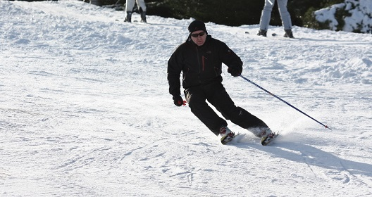 Ski racing at the ski club of Ireland