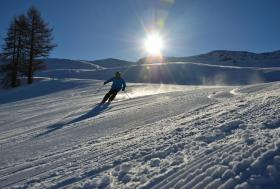 Late afternoon skiing with Ski Club of Ireland group holiday